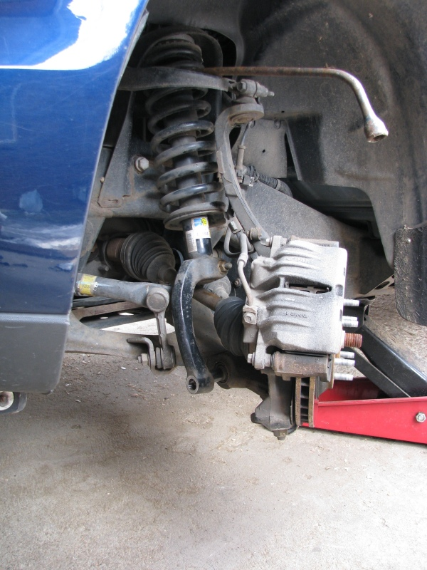 getting the front struts back on chevy trailblazer 2006 Trailblazer Lower Control Arm 2004 Trailblazer Lower Control Arm Bushing